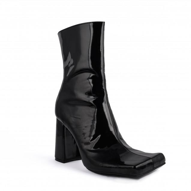Ankle boots QUAD